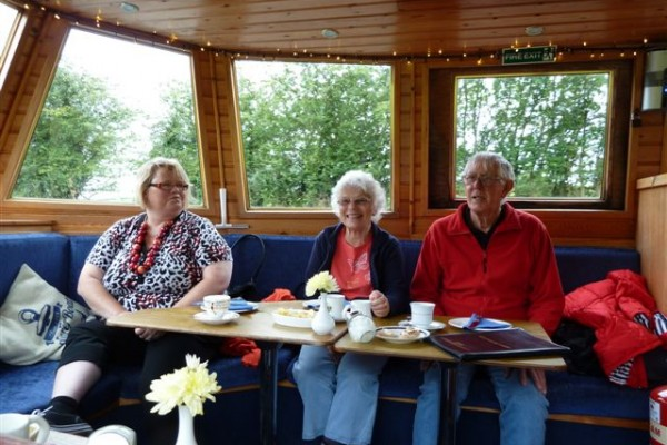 Afternoon tea canal boat trip Aug 19th 2015 001
